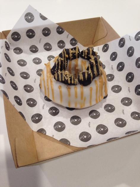 Nútie Donuts PB Brownie doughnut