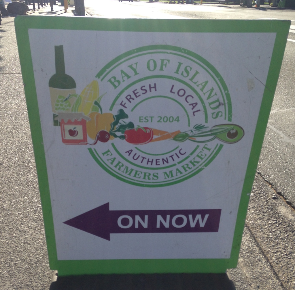 Sign for the Bay Of Islands Markets